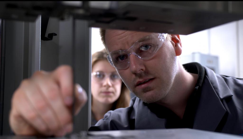 Dr. Geraint Havard - R-TECH Materials